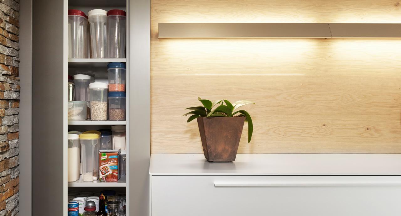 plan 3 kuchyně / Plánování a výroba elegantní minimalistické kuchyně na míru ve Zlíně / Minimalismus s elegancí