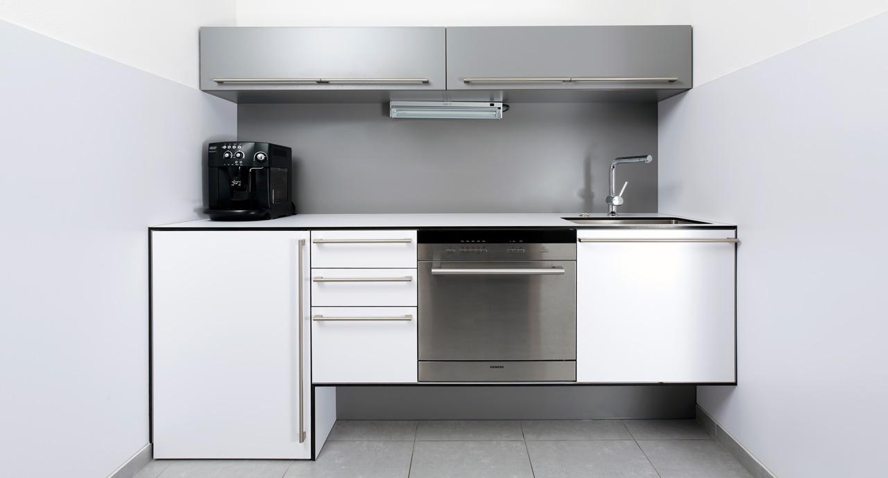 plan 3 kuchyně / ST Consult / Менее обозначает больше