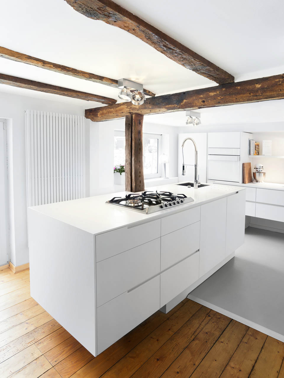plan 3 kitchens / Schreiber family / Old treasures in a new robe