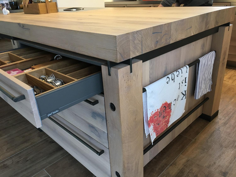 plan 3 küche / Massivholzküche / Raffinierte Schlichtheit