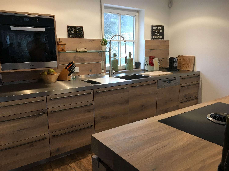 plan 3 kuchyně / Masívna drevená kuchyňa / Rafinovaná jednoduchosť