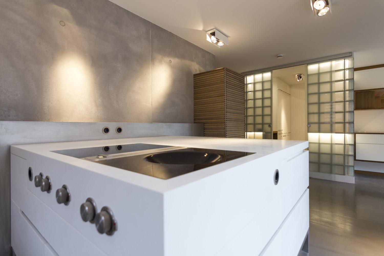 plan 3 kuchyně / Corianová kuchyňa / Štvorcová funkcionalita