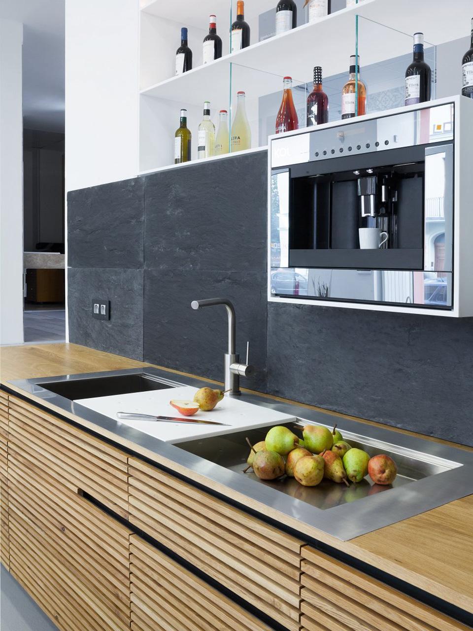 plan 3 küche / Showroom Praha / plan 3 bei Los Kachlos