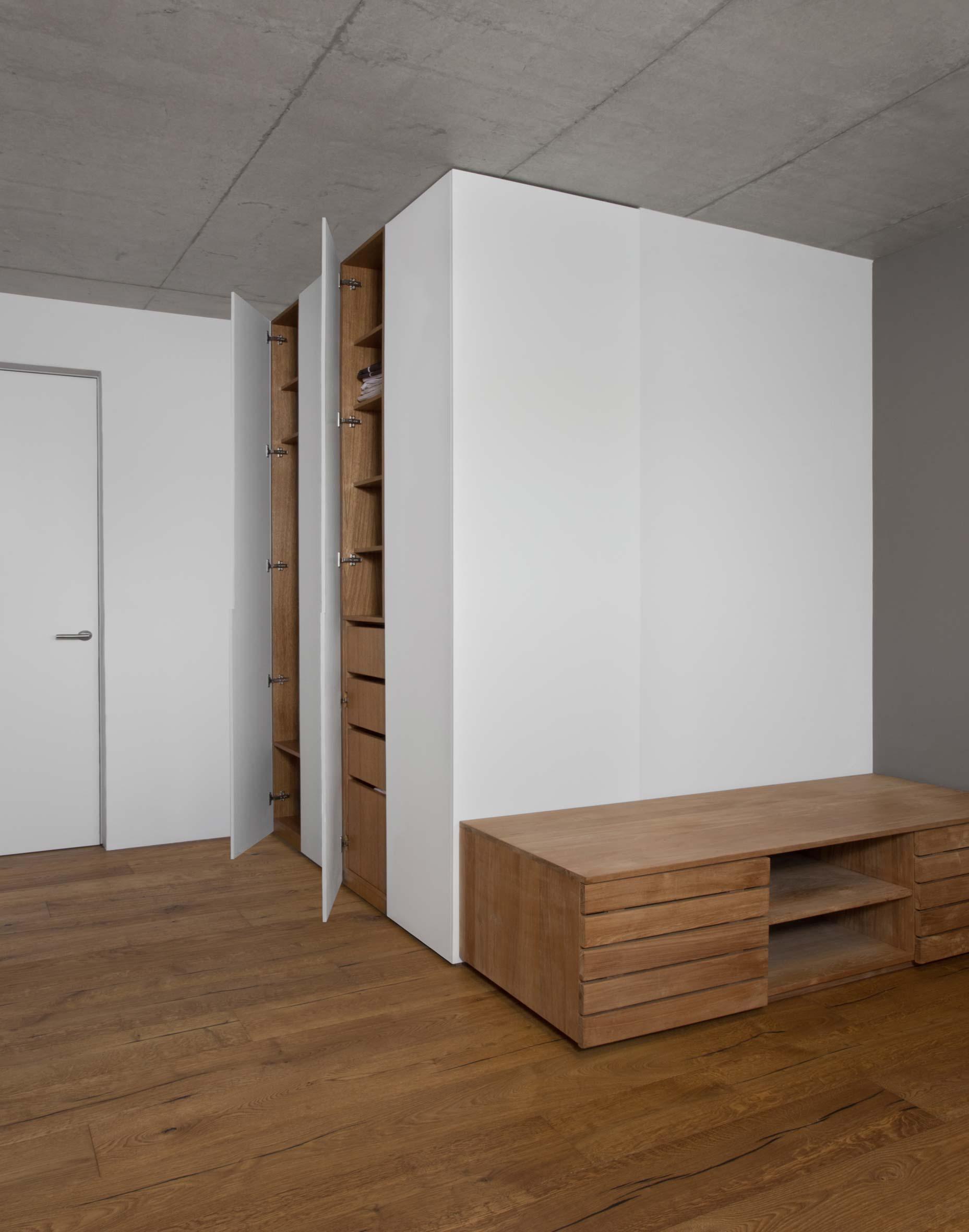plan 3 kitchens / Architecture in detail / Luxury kitchen