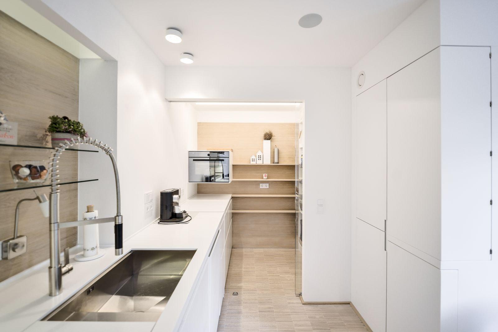 plan 3 kuchyně / Реконструкция надземного бункера в Зингене / Квартира W