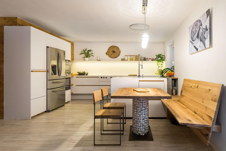 Kuchyn� s luxusn�mi spot�ebi�i