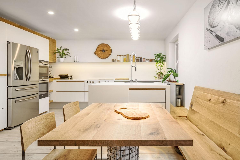 Kuchyn� vyroben� v truhl��stv� Zl�n