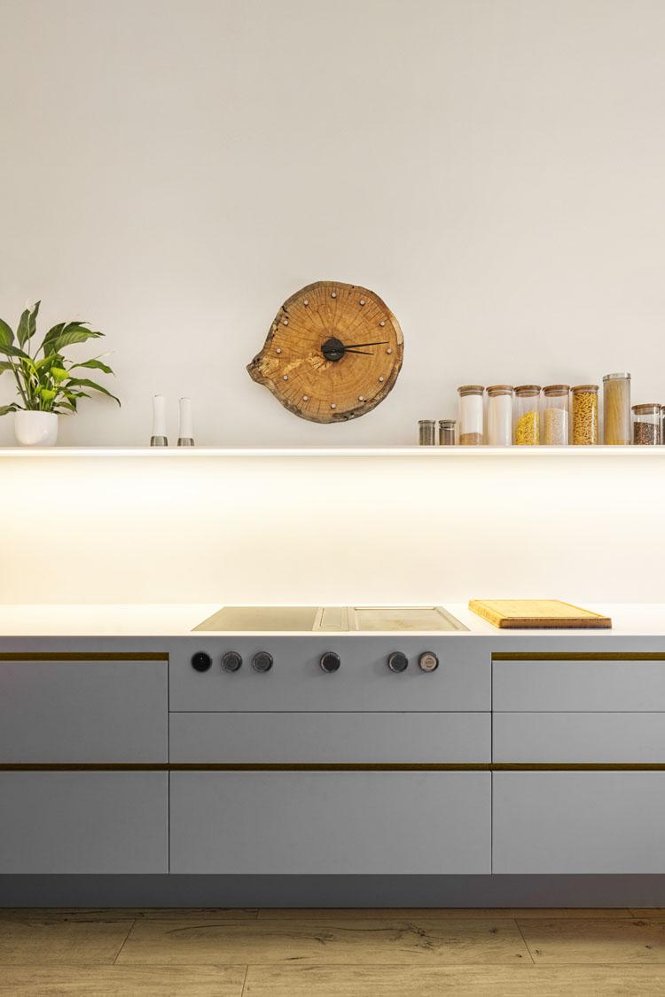 Projektov�n� a realizace cel� kuchyn� na zak�zku