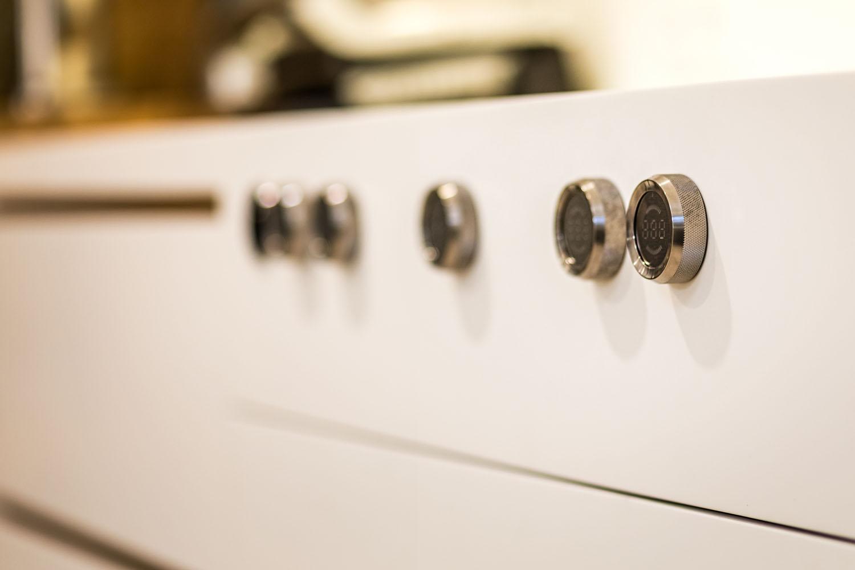 plan 3 kuchyně / Nadčasová stylová kombinace v kuchyni / Kuchyně javor