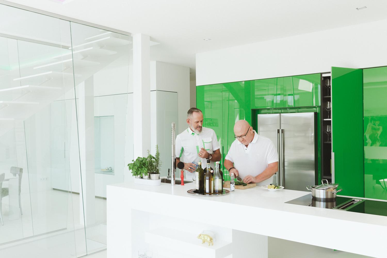 Kuchyn� na m�ru do design�rsk�ho bytu