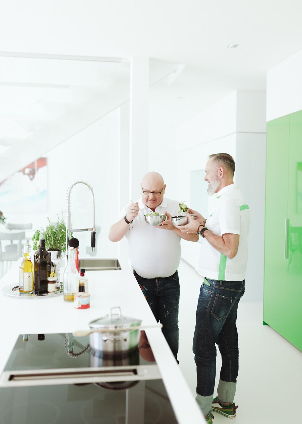 plan 3 kuchyně / Квартира дизайнера / Кухня с характером скульптуры