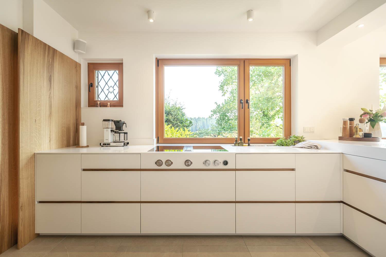 Kuchyně ve tvaru L