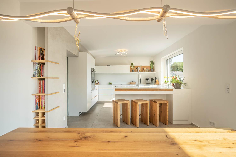 Kuchyně na míru s dřevěnými prvky