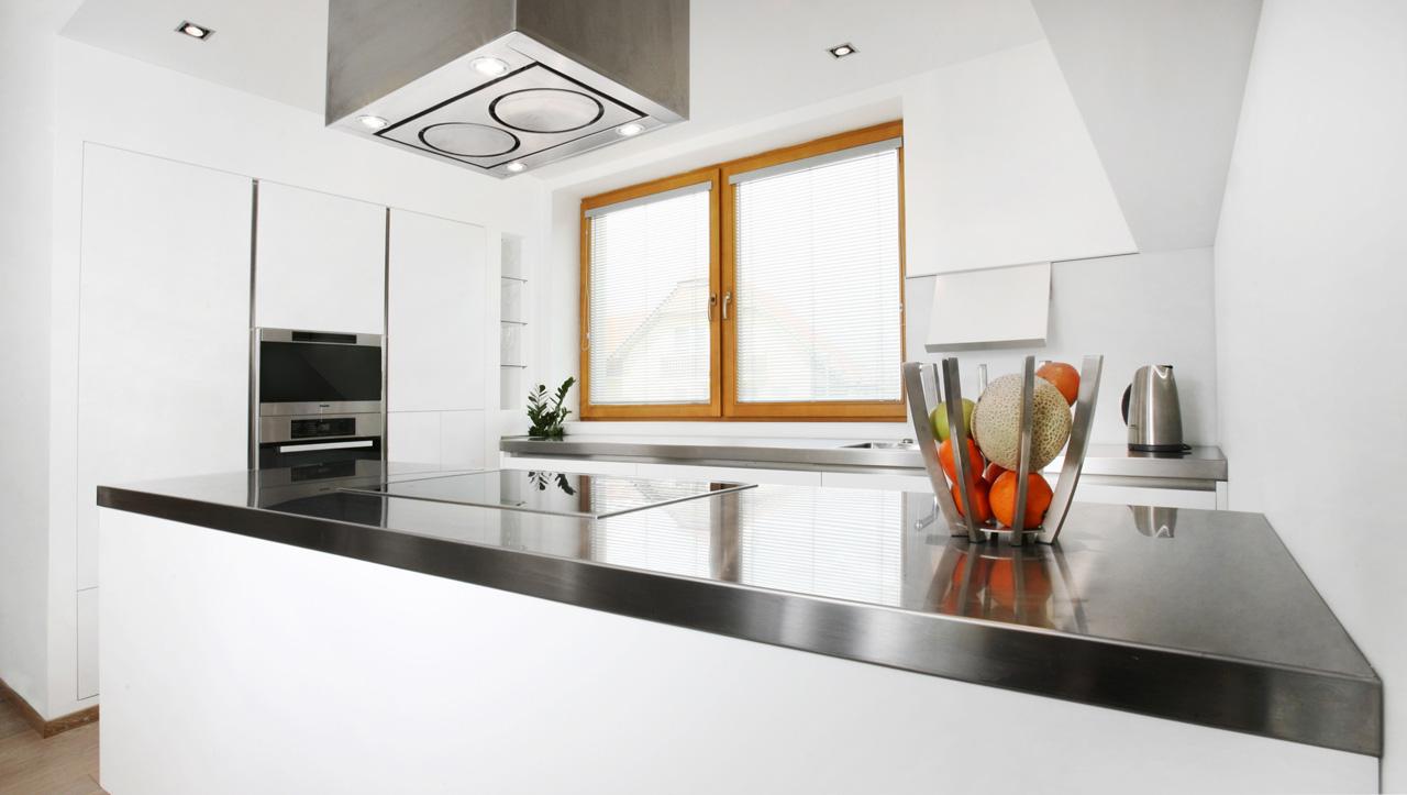 plan 3 kuchyně / Plánování a výroba kuchyně na míru ve tvaru písmene