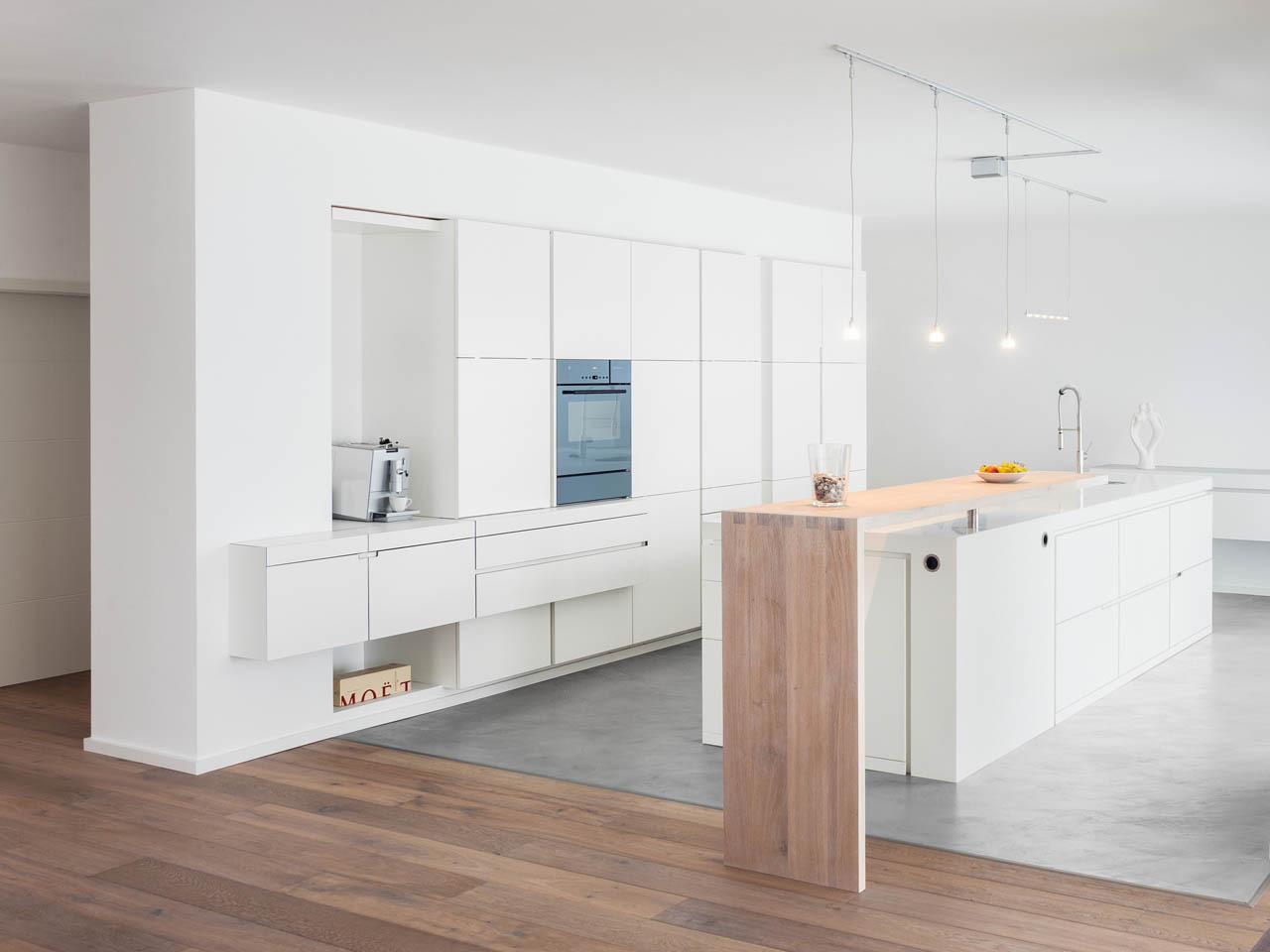 plan 3 kuchyně / Homogenní architektonický jazyk / Küchen Journal